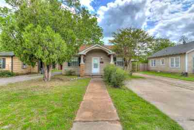 Lawton Single Family Home For Sale: 1208 NW Ferris Ave