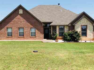 Fletcher Single Family Home For Sale: 212 Coyote