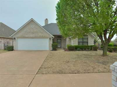 Lawton Single Family Home For Sale: 6612 NW Euclid Ave