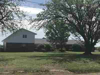 Lawton Single Family Home For Sale: 2502 SE 45th St