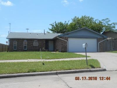 Lawton Single Family Home For Sale: 6416 NW Arrowhead Dr