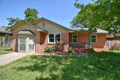 Lawton Single Family Home For Sale: 2409 NW Cheyenne Ave