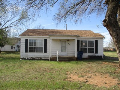 Caddo County Single Family Home For Sale: 403 Ponjo St