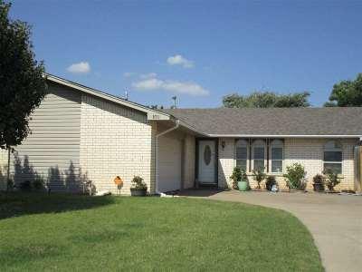 Lawton Single Family Home For Sale: 6711 SW Drakestone Blvd
