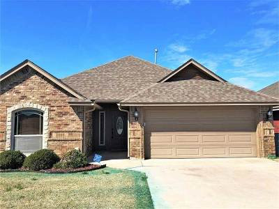 Lawton Single Family Home For Sale: 2307 SW 44th St