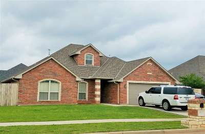 Lawton Single Family Home Under Contract: 2219 SW 55th St
