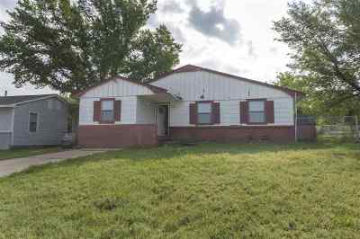 Lawton Single Family Home For Sale: 2209 NW 36th St