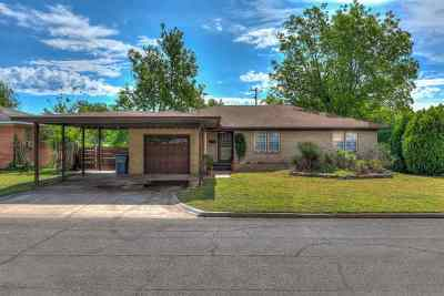 Lawton Single Family Home For Sale: 1625 NW 25th St