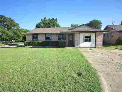 Lawton Single Family Home For Sale: 6402 NW Elm Ave