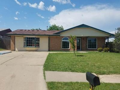 Comanche County Single Family Home For Sale: 6917 SW Cherokee Ave