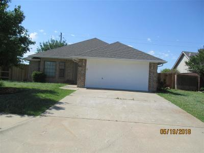 Comanche County Single Family Home For Sale: 4118 SW Wendy Dr