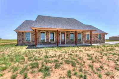 Lawton Single Family Home For Sale: 8126 SE 90th St