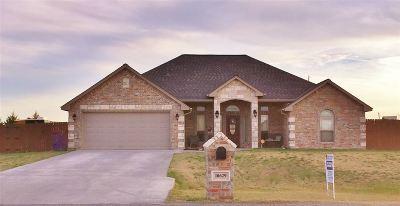 Elgin Single Family Home For Sale: 10629 NE Jeremiah Way
