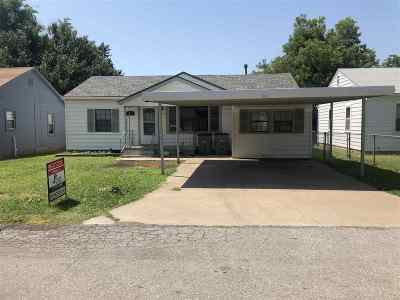 Lawton Single Family Home For Sale: 1512 NW Baldwin Ave