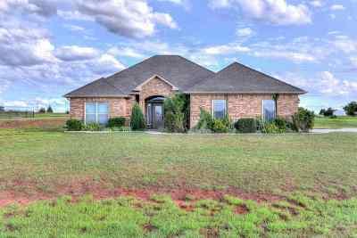 Fletcher Single Family Home Under Contract: 338 NE Simmons Cir