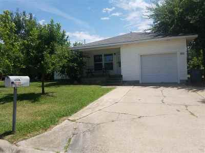 Lawton Single Family Home For Sale: 2206 NW Ozmun Ave