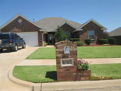 Lawton Single Family Home For Sale: 6707 SW Angelwood Dr