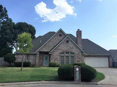 Lawton Single Family Home For Sale: 7706 NW Chesley Dr