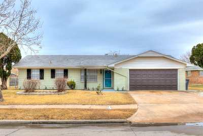 Lawton Single Family Home For Sale: 6404 NW Cheyenne Ave