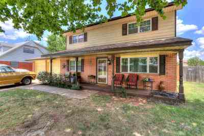 Lawton Single Family Home For Sale: 309 NW 63rd St