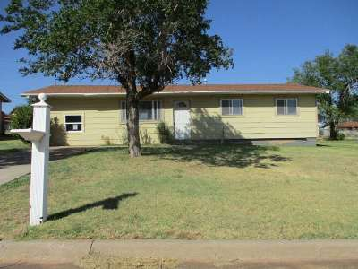 Lawton Single Family Home For Sale: 706 SW 46th St