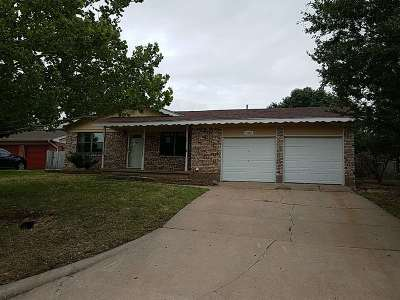 Lawton Single Family Home For Sale: 5626 NW Eisenhower Dr