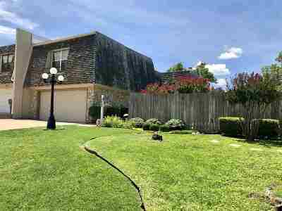 Lawton Single Family Home For Sale: 222 NW 74th St