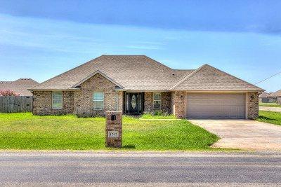 Elgin Single Family Home For Sale: 1202 1st St