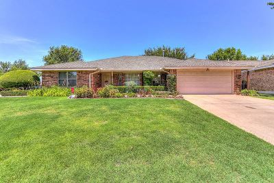 Lawton Single Family Home For Sale: 1602 NW Keystone Dr
