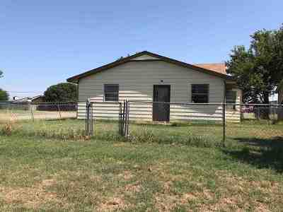 Lawton Single Family Home For Sale: 501 7th St