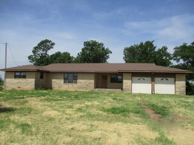 Cotton County Single Family Home For Sale: RR 1 Box 42
