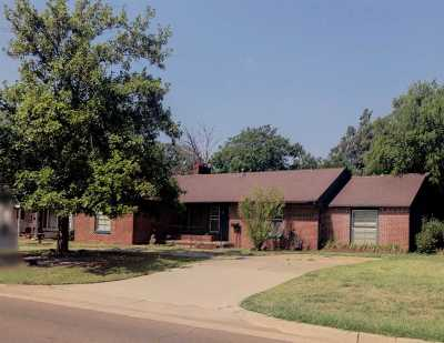 Tillman County Single Family Home For Sale: 707 N 15th St