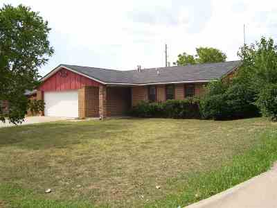 Lawton Single Family Home For Sale: 6051 SW Atterbury Dr