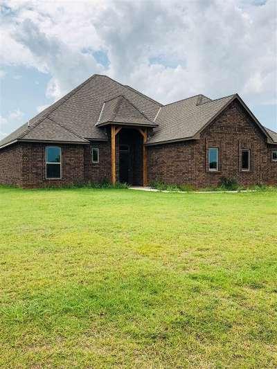 Elgin Single Family Home Under Contract: 13075 NE Tony Creek Rd