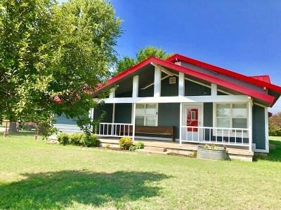 Elgin Single Family Home For Sale: 4045 NE 120th St