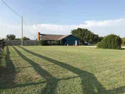 Elgin Single Family Home For Sale: 6164 US Hwy 277
