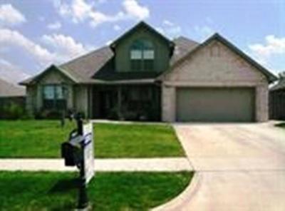 Lawton Single Family Home For Sale: 5013 NE Haddington Pl