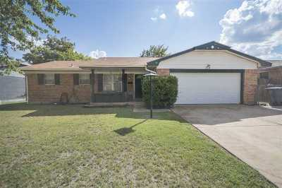 Lawton Single Family Home For Sale: 314 NW 63rd St