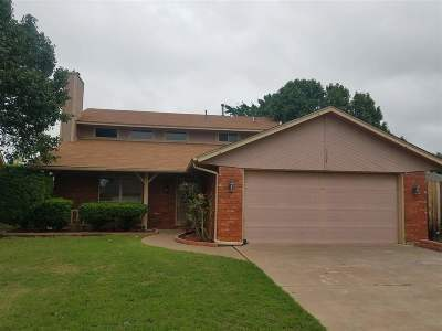 Lawton Single Family Home For Sale: 7203 NW Willow Creek Dr