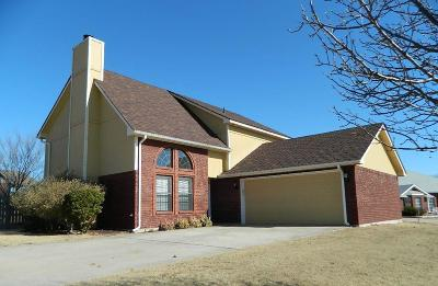 Lawton Single Family Home For Sale: 414 SE Lancelot Ln