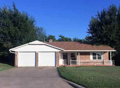 Lawton Single Family Home For Sale: 908 SE Lomond Ln