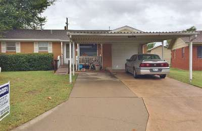 Lawton Single Family Home Under Contract: 5823 NW Liberty Ave