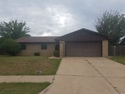 Lawton Single Family Home For Sale: 1612 NW Black Mesa Dr