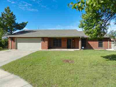 Lawton Single Family Home For Sale: 4307 SW Wolf St