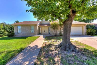 Lawton Single Family Home For Sale: 2315 NW Crosby Park Blvd