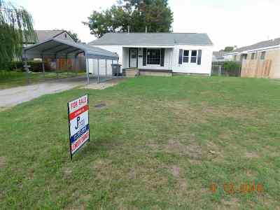Lawton Single Family Home For Sale: 2103 NW Lake Ave