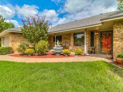 Lawton Single Family Home For Sale: 2803 NE Scottsdale Cir
