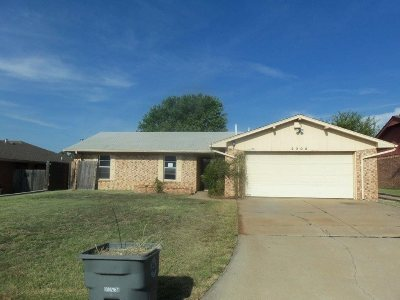 Lawton Single Family Home For Sale: 2308 NW 77th St