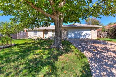 Lawton Single Family Home For Sale: 1910 NW Crosby Park Blvd