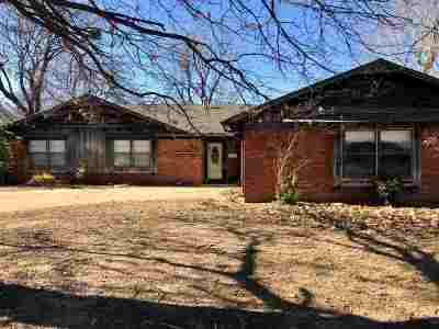 Duncan Single Family Home For Sale: 1203 N Harville